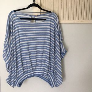 Free People top blue and white w/ bat wing sleeves